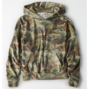 Soft AE Camouflage Hoodie Size XS Cozy Ever After